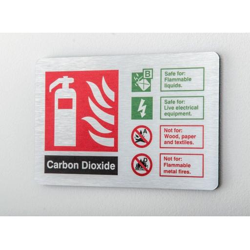 Carbon dioxide Fire extinguisher Identification (Prestige)
